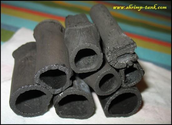Shrimp-Tank.com Bamboo charcoal house, look inside